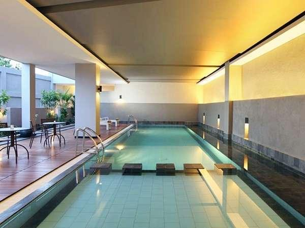 Hotel Santika Bengkulu - Swimming Pool