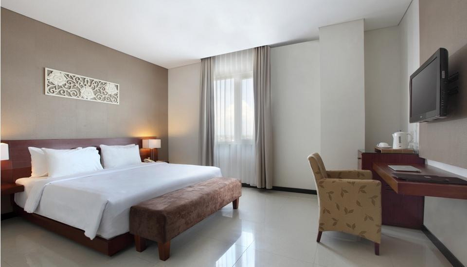 Hotel Santika Bengkulu - Deluxe Room.