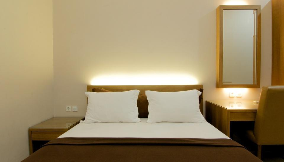 Agrapana Guesthouse 2 Yogyakarta - Deluxe Room Basic Deal 40%