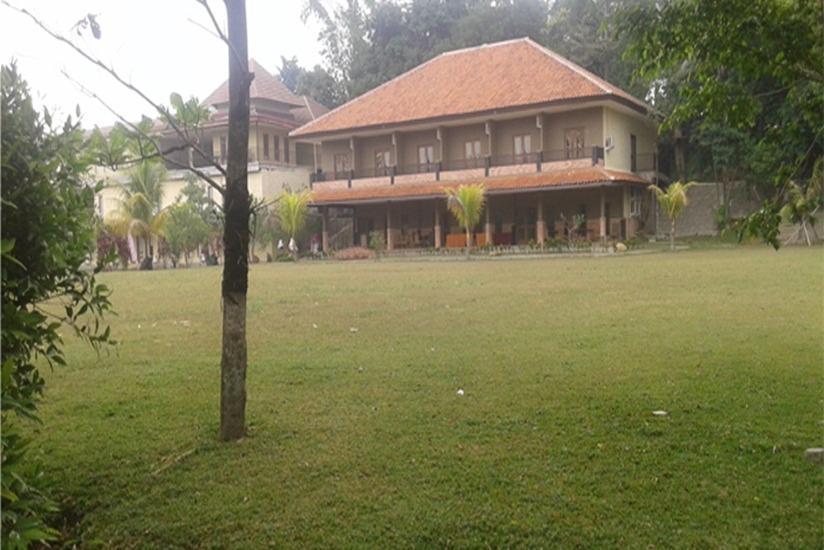 Desa Gumati Hotel Bogor - Garden