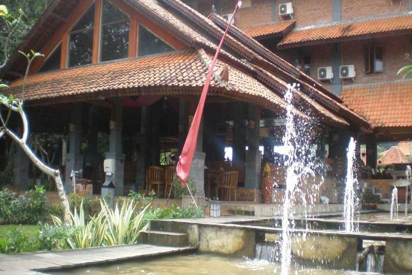 Desa Gumati Hotel Bogor - Exterior