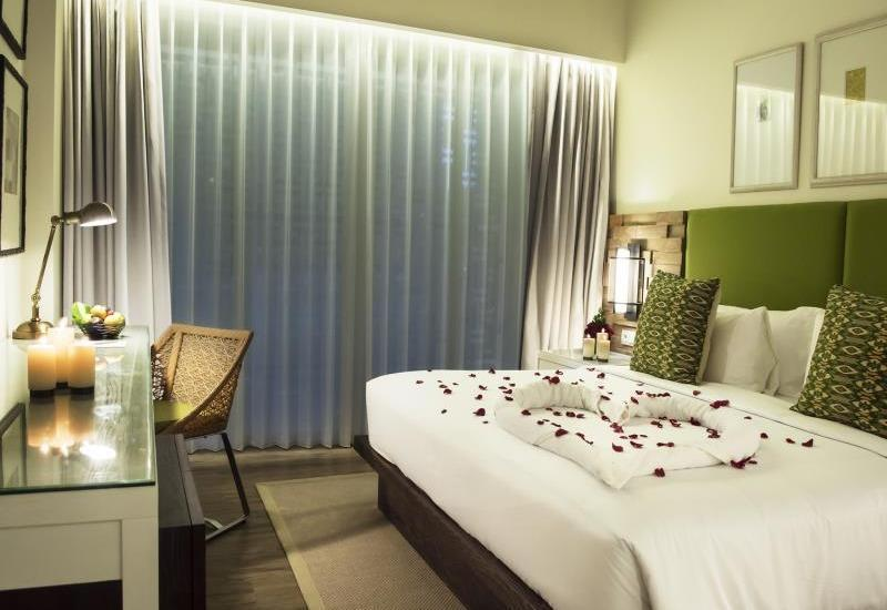 Bali Paragon Resort Hotel Bali - Deluxe Room with Breakfast Regular Plan
