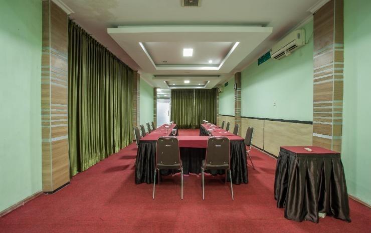 Hotel Herly Syariah Balikpapan - Meeting Room