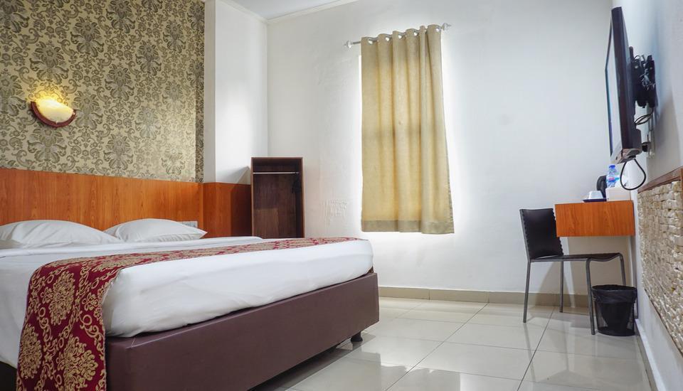 Hotel Marilyn South Tangerang - Deluxe Room Inc Breakfast Regular Plan