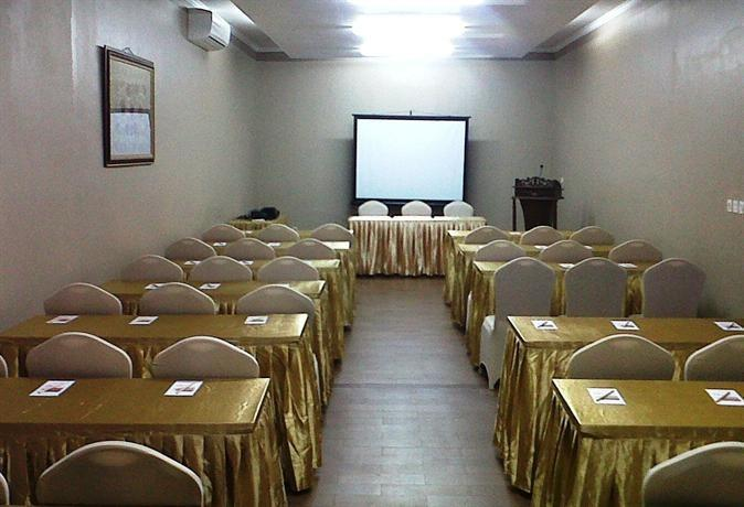 Hotel Puri Kayana Serang - Meeting Room
