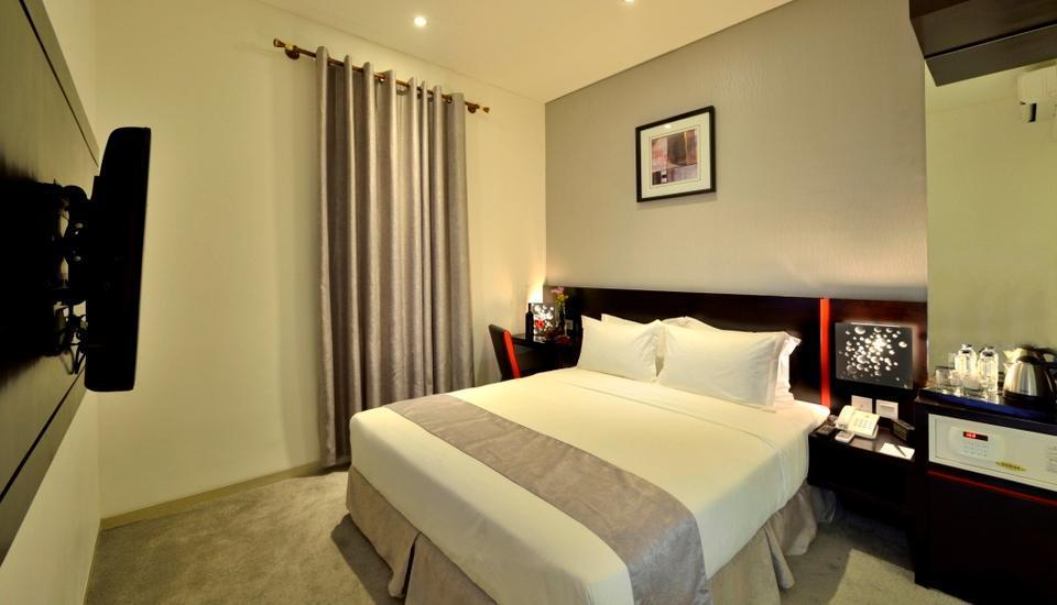 Oak Tree Mahakam Jakarta - Deluxe King Room Only Regular Plan