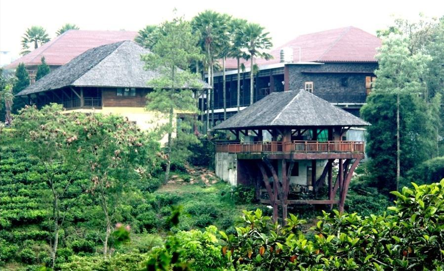 Rollaas Hotel and Resort Malang - Pemandangan Sekitar