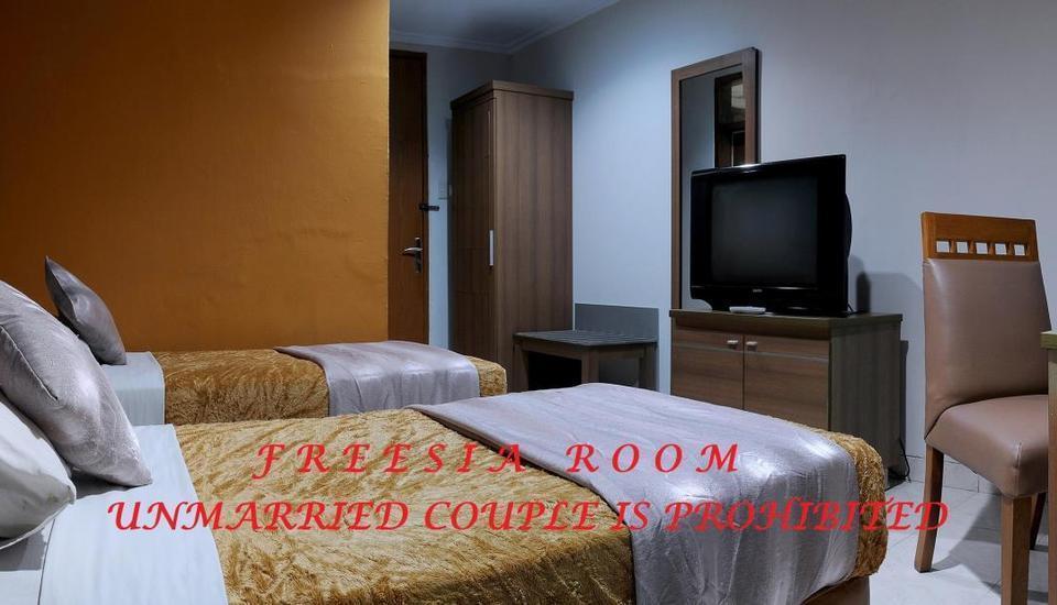 Hotel Senen Indah Jakarta - Freesia Room