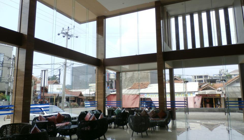 d'BILZ Hotel Pangandaran - Lobby