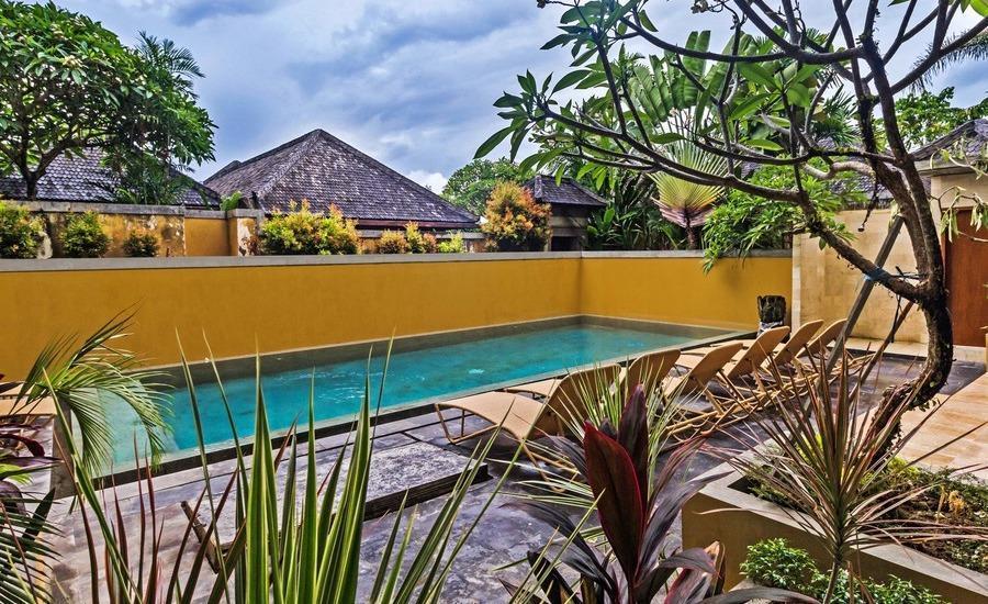 RedDoorz @ Umalas Canggu Bali - Kolam Renang
