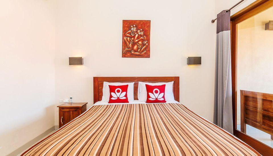 ZenRooms Tamblingan Sanur Homestay Bali - Tampak tempat tidur double