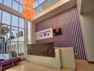 Hotel Vio Surapati - Resepsionis