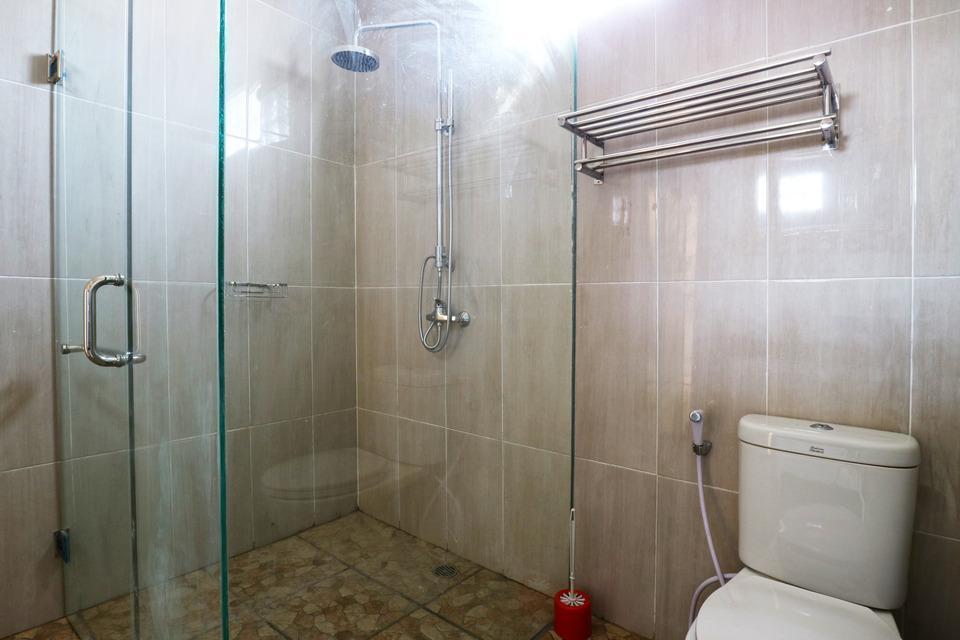 Royal Maharani Nusa Dua Bali - Bathroom