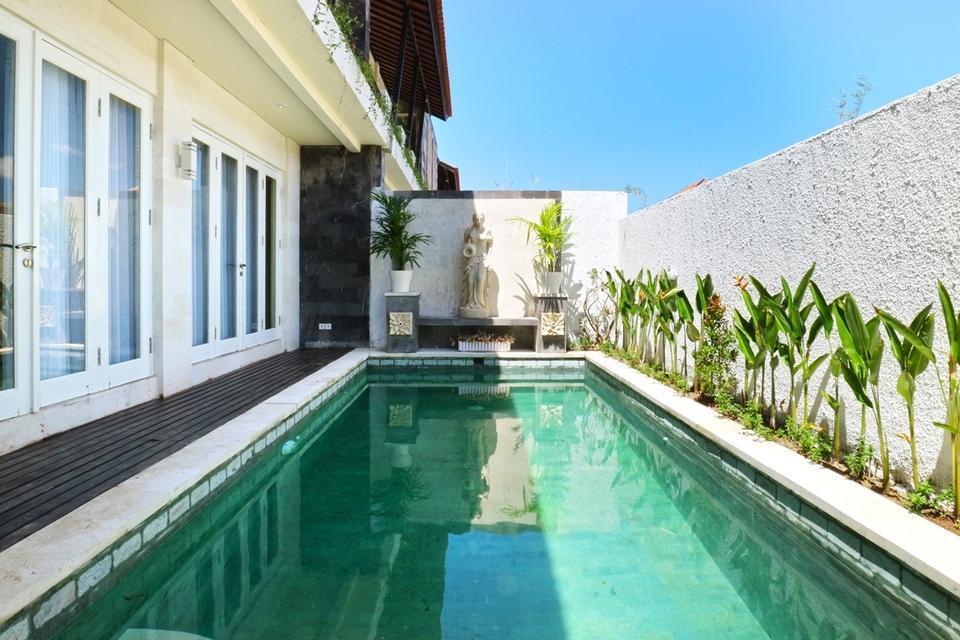 Royal Maharani Nusa Dua Bali - Swimming Pool