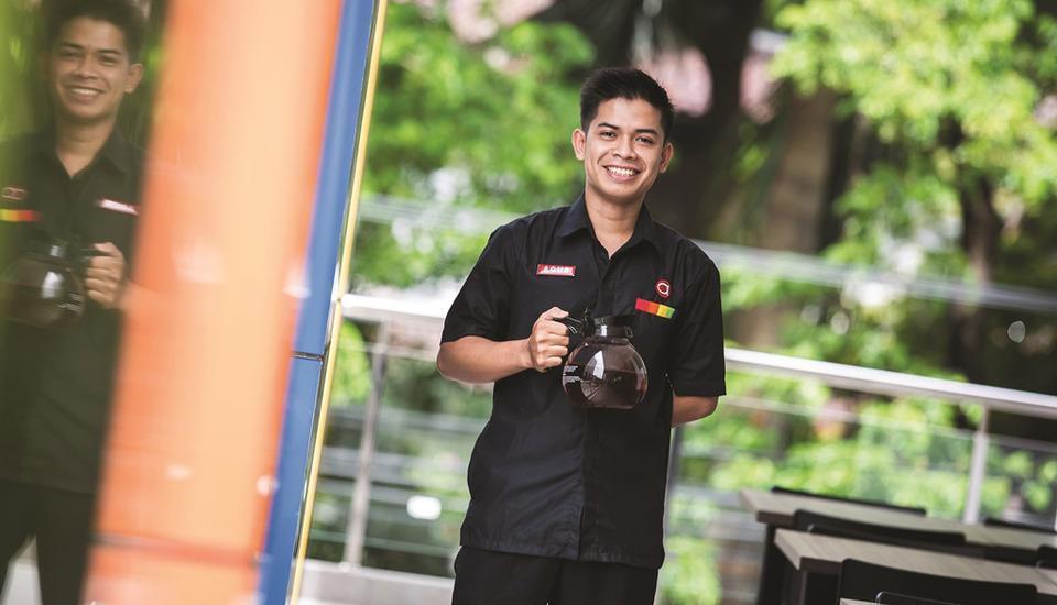 Amaris Hotel Bintoro Surabaya - Service