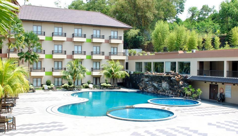 Hotel Nuansa Indah Balikpapan - Kolam Renang
