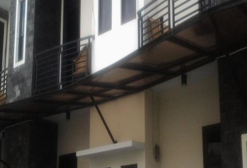Simpang Homestay Malang - Eksterior