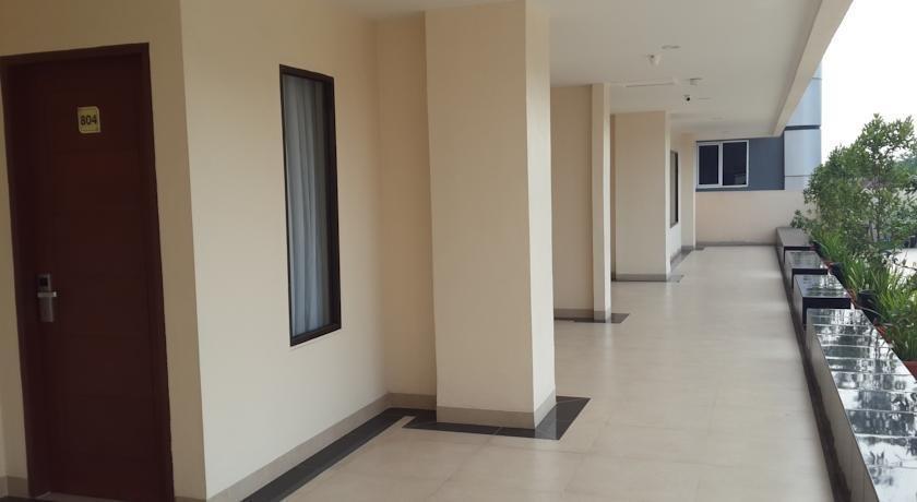 Raz Hotel Medan - Interior
