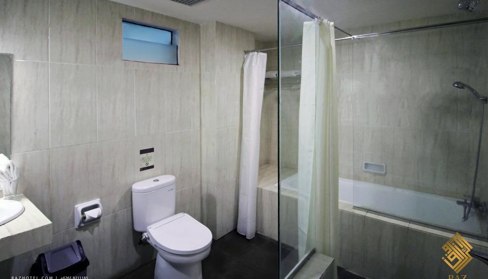 Raz Hotel Medan - toilet junior suite