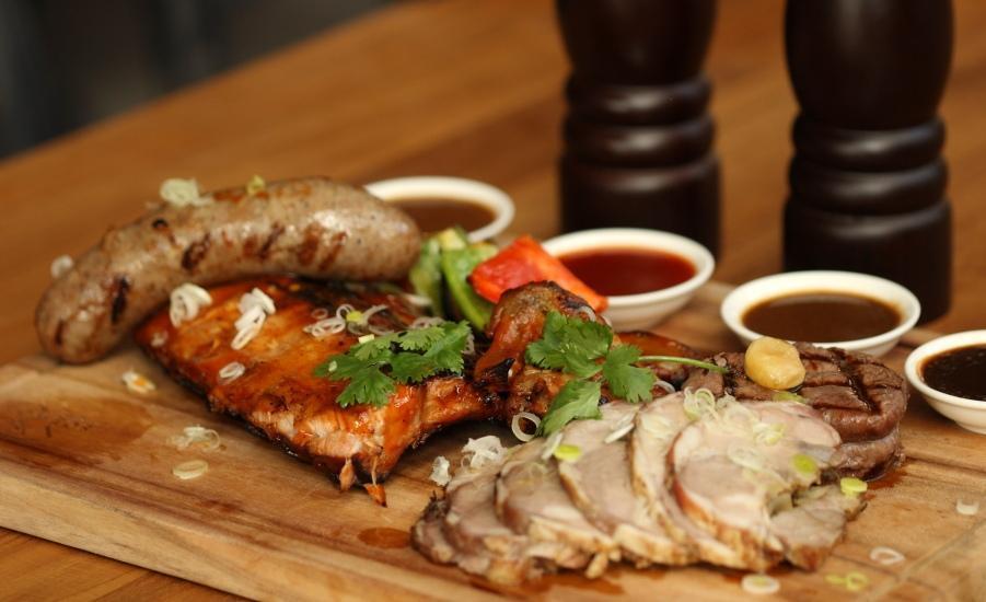 Ossotel Legian Bali - Makanan