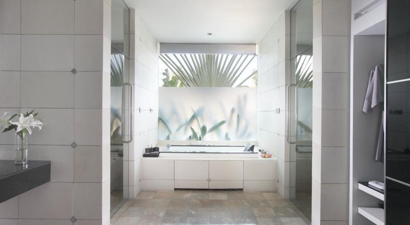 C151 Luxury Villas Dreamland Bali - Kamar mandi