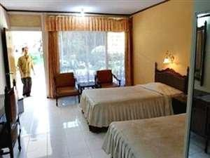 Safari Hotel Jember - Standard Regular Plan