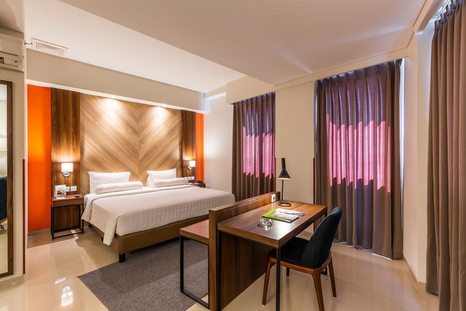 Great Diponegoro Hotel by Azana Surabaya - Suite Room