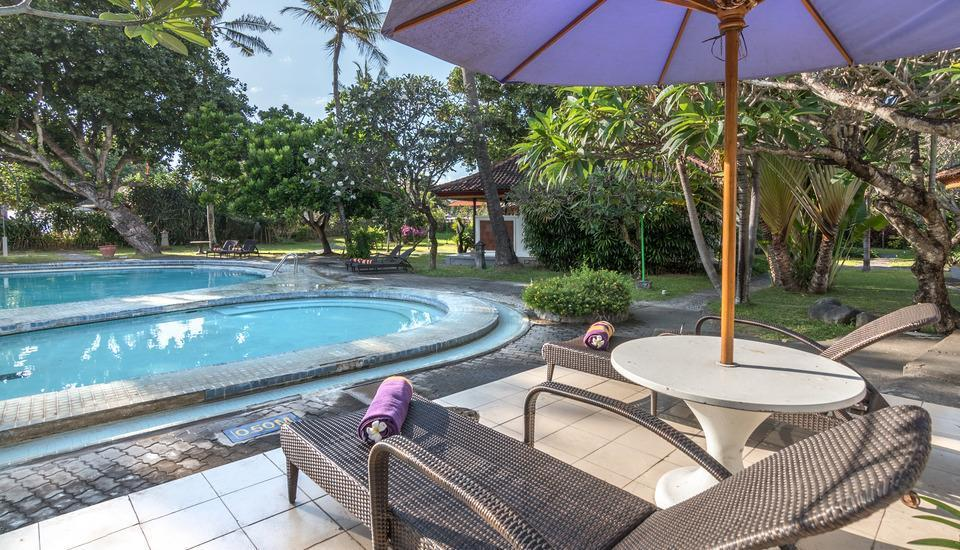 Inna Bali Beach Resort Bali - Deluxe Cottage with Breakfast Last Minute