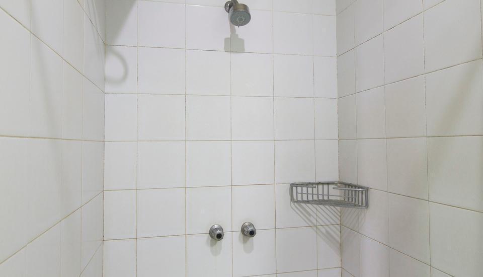 RedDoorz @ Cilandak Permai Jakarta - Kamar mandi