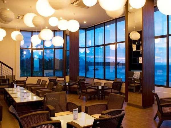 The Acacia Hotel  Anyer - Air mancur Bar
