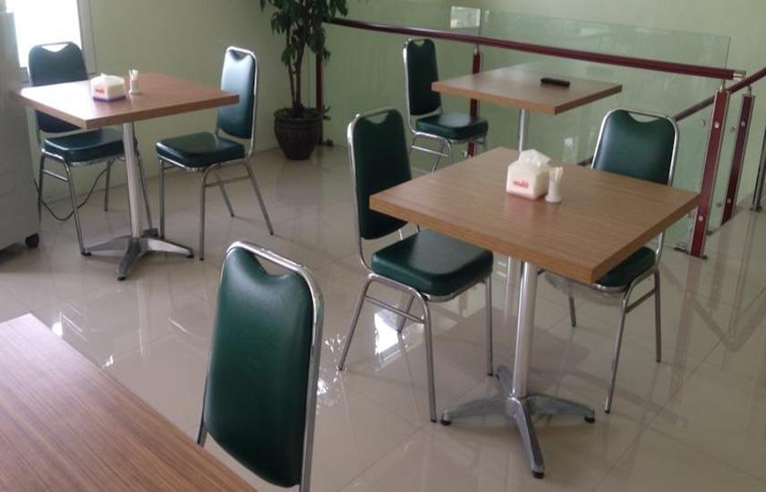 Cempaka Mas Hotel Jombang - Restoran