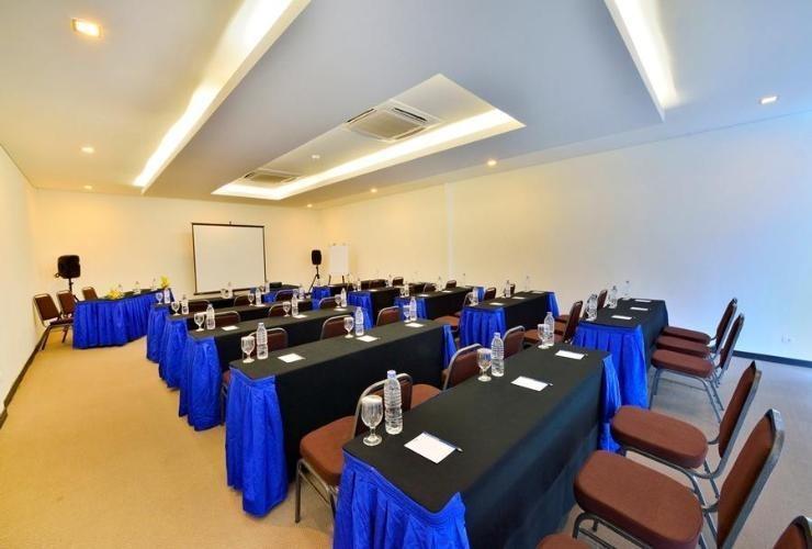Zodiak Sutami Bandung - Meeting Room