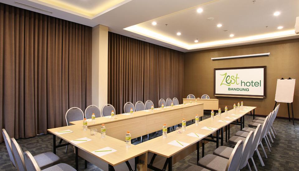 Zest Hotel Sukajadi Bandung - RUANG RAPAT