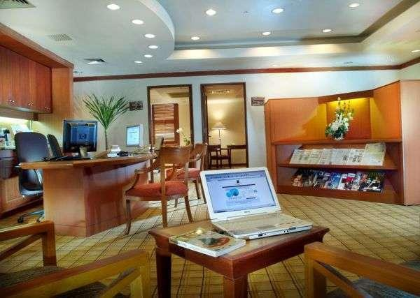 The Park Lane Hotel Jakarta - Fasilitas