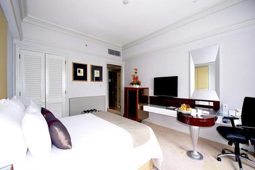 The Park Lane Hotel Jakarta - Kamar tamu
