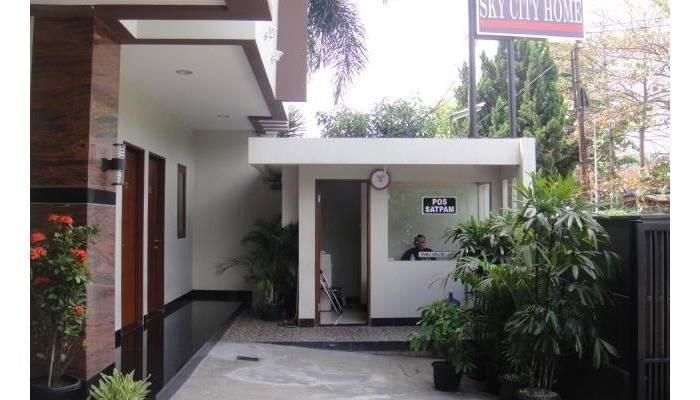 Sky City Home Guest House Bandung - Sky City Home Guest House