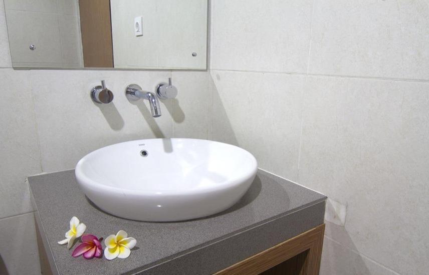 Agung & Sue Watering Hole I Bali - Kamar mandi