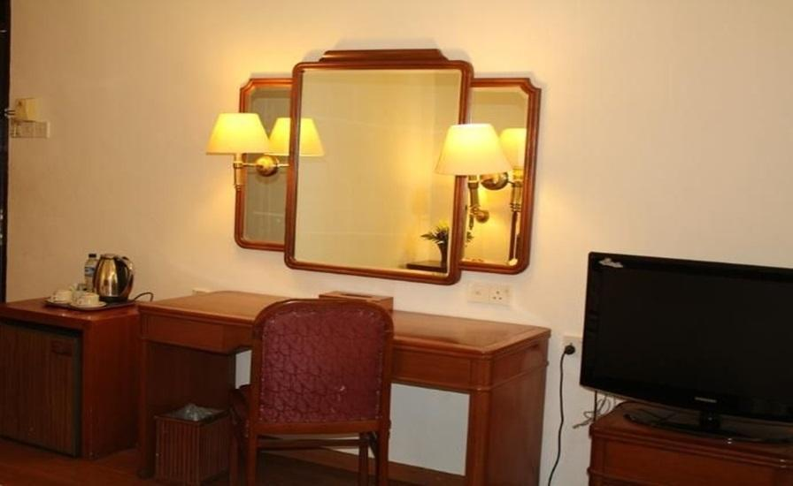 Theme Park & Resort Hotel Pantai Cermin Serdang Bedagai - Standard Room APPS Regular Plan