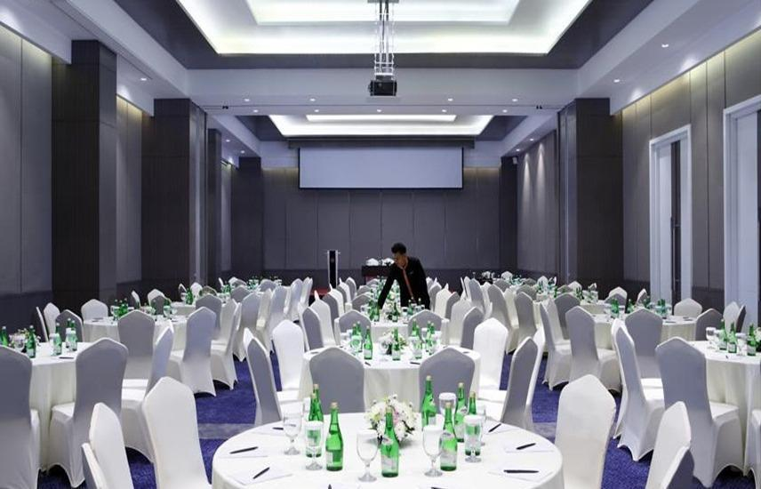 Hotel Grandhika Setiabudi Medan Medan - Ballroom