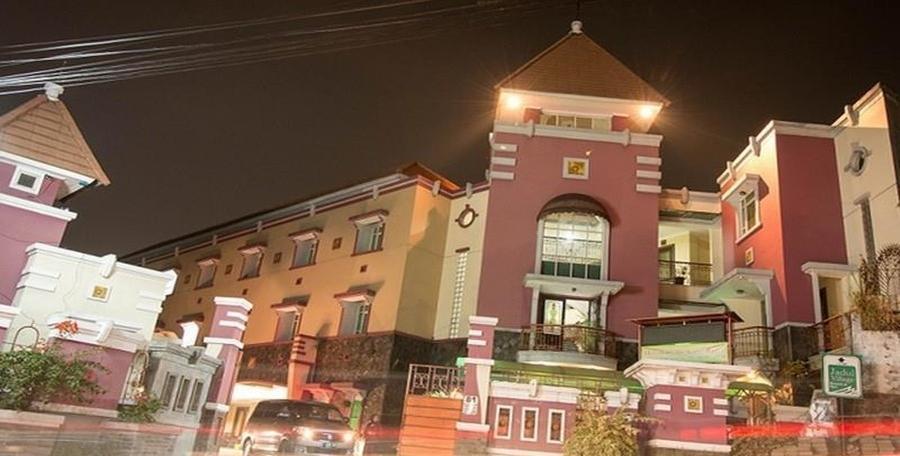 Amellia Pasteur Hotel Bandung - Eksterior