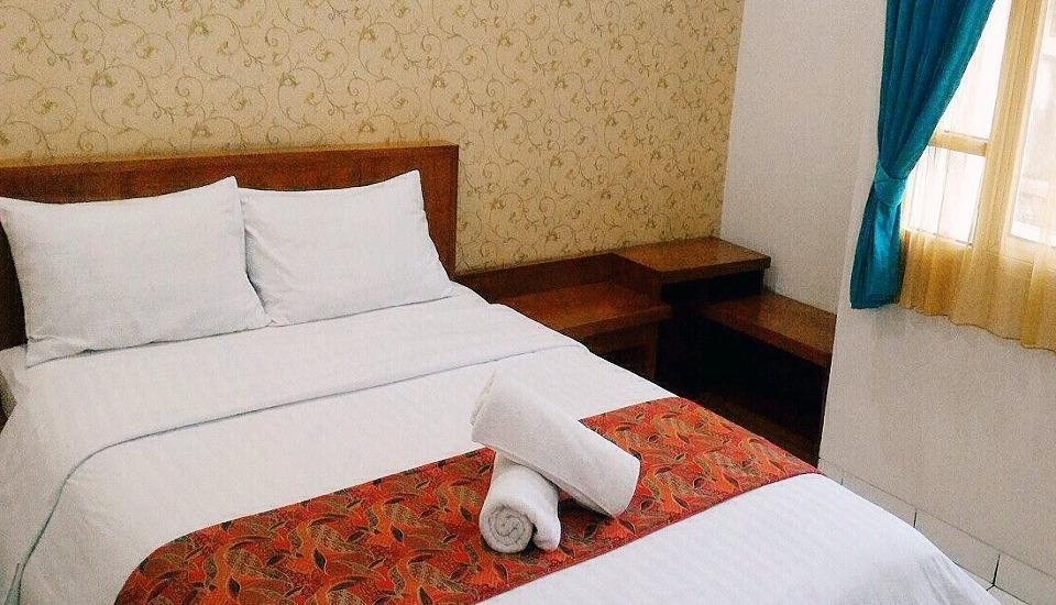 Amellia Pasteur Hotel Bandung - SUPERIOR ROOM With Breakfast  Regular Plan