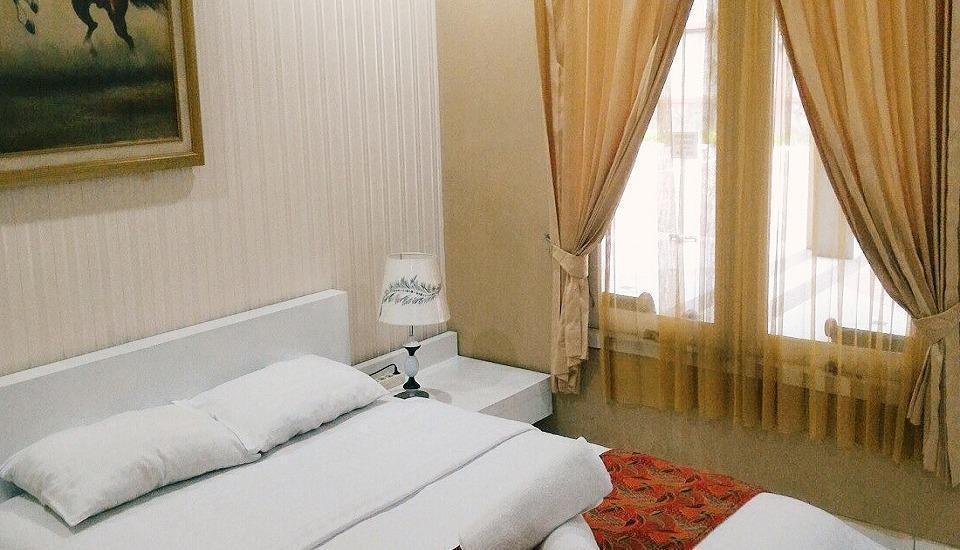 Amellia Pasteur Hotel Bandung - KAMAR DELUXE