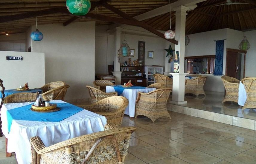Blue Star Cafe And Homestay Bali - Interior