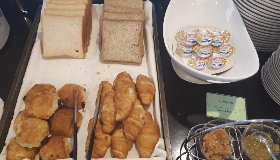 Avissa Suites Jakarta - Breakfast