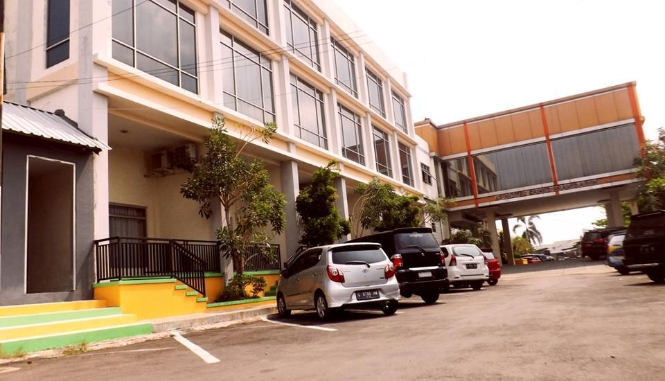 Hotel Sahid Mandarin Pekalongan - PARKING
