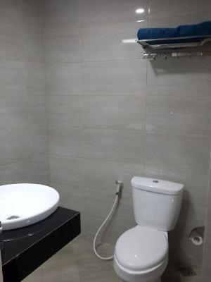 Fresh Hotel Sukabumi - Toilet