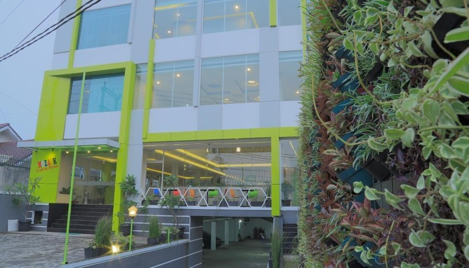 Fresh Hotel Sukabumi - .