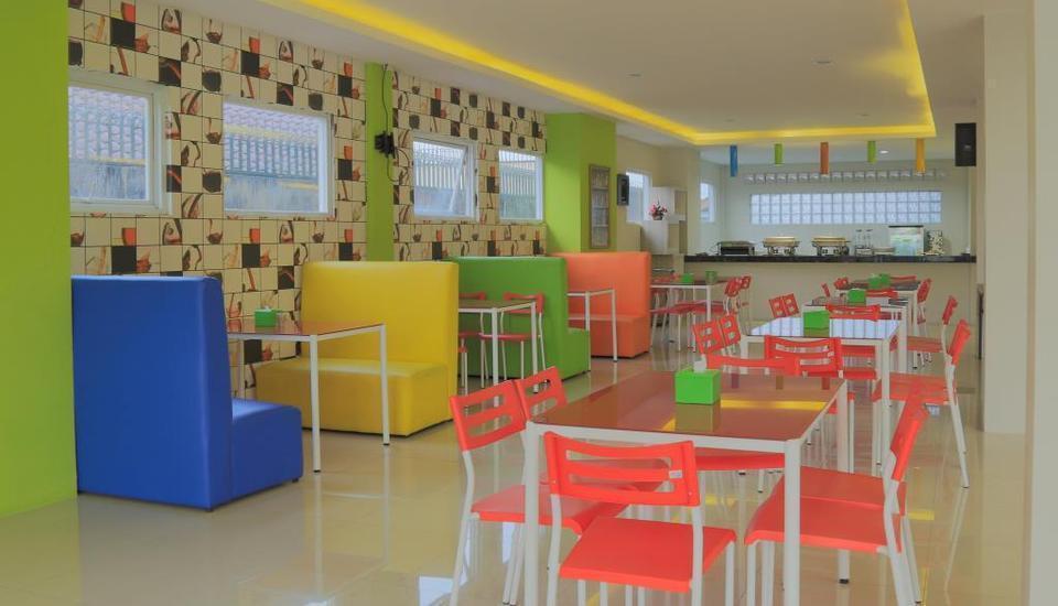 Fresh Hotel Sukabumi - kedai kopi