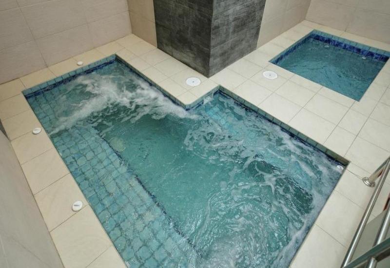 Swiss-Belinn Balikpapan - Swimming Pool