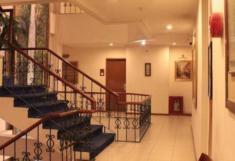 Losari Blok M Hotel Jakarta - Corridor